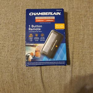 Chamberlain Remote Control Garage Door for Sale in Gilbert, AZ