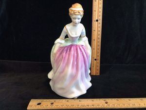 Alison by Royal Doulton HN 3264 lady in pink dress for Sale in Puyallup, WA