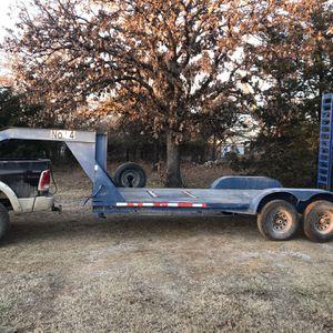 18' Gooseneck Flatbed Trailer for Sale in Shawnee, OK