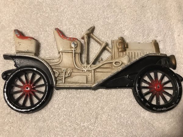 Midwest 1910 Buick cast iron wall hanging plaque