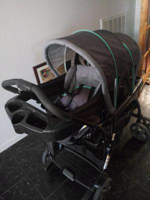 Graco Ready 2 Grow double stroller for Sale in Las Vegas, NV