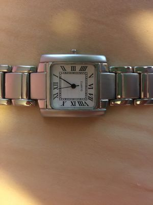 Woman's watch sophisticated and classy! Great gift for Sale in Minneapolis, MN
