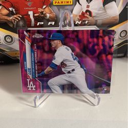 Gavin Lux Pink Wave Refractor Rookie 2020 Topps Chrome Update U-54 RC Dodgers RD for Sale in Prineville,  OR