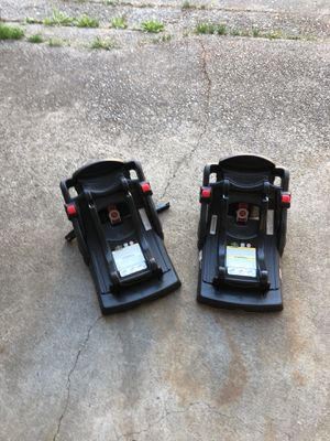 2 Graco Click Connect car seat bases for Sale in Tacoma, WA