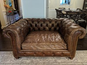 "60"" Chair / Loveseat Restoration Hardware, Tufted Leather for Sale in Lincolnia, VA"