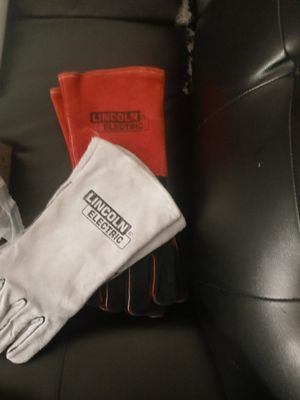 Lincoln electric Welding gloves for Sale in San Diego, CA