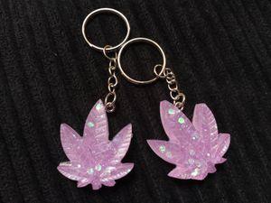 18+ cannabis keychains for Sale in Lynnwood, WA