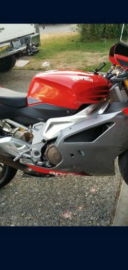 Aprilia Rsv 1000 for Sale in Tacoma,  WA