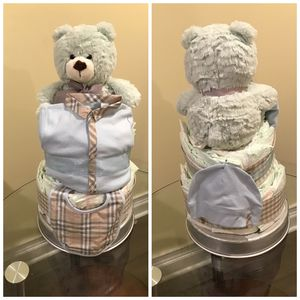 Burberry diaper cake for Sale in Minneapolis, MN