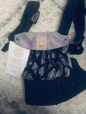 Lille 6 position baby carrier for Sale in Edgewood, WA