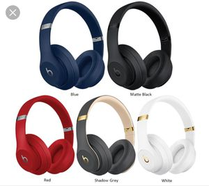 Studio 3 Beats Wireless (NEW   SEALED) for Sale in Los Angeles, CA