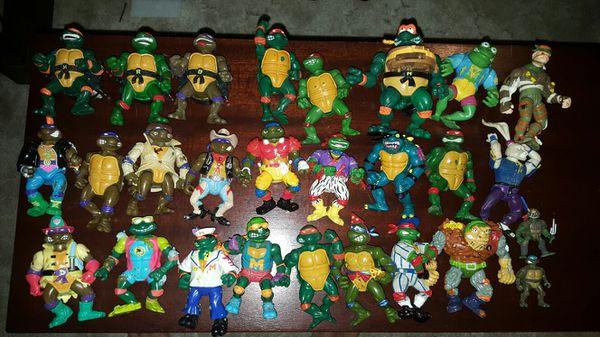 Vintage Ninja turtle toy lot of 27