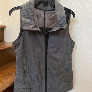 Lorna Jane Ventilated Mesh Vest for Sale in Claremont, CA
