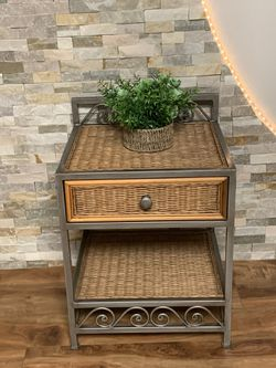 "One Drawer Metal / Natural Wicker Side Table / Nightstand !!! 18"" D 20"" W 24"" H for Sale in Vancouver,  WA"
