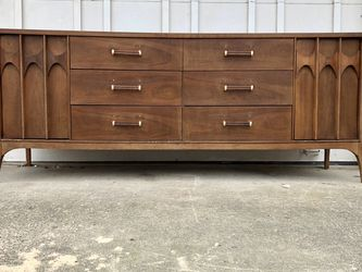 Vintage Mid Century Walnut Dresser Credenza for Sale in Beaverton,  OR