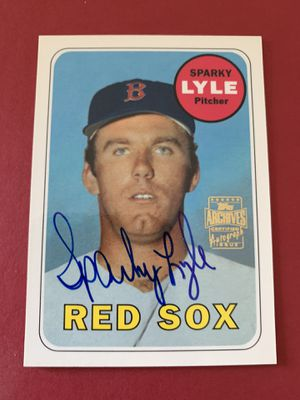 Sparky Lyle Topps Achieves Certified Autographed Baseball Card Boston Red Sox for Sale in Brea, CA