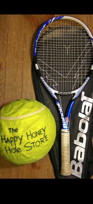Nice Babolat tennis racket for Sale in Phoenix, AZ
