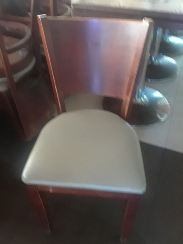 Table 4 chair