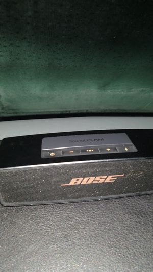 Bose blue tooth speaker for Sale in Seattle, WA