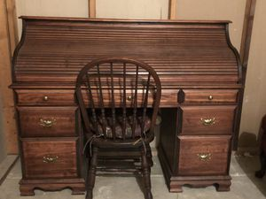 $3,500 Value - for $300!! Roll Top Solid Oak Desk with Chair for Sale in FX STATION, VA