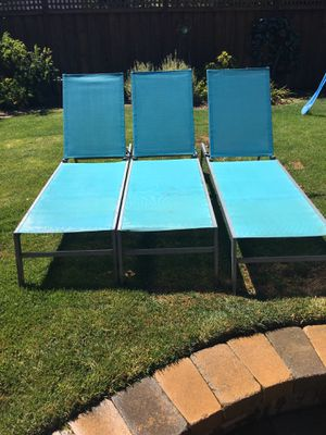 Pool side lawn chairs for Sale in San Jose, CA