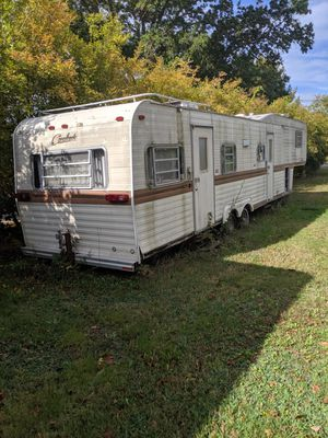 Fifth wheel camper for Sale in Dighton, MA