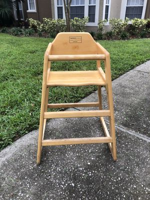 """Kids High Chair - 27"""" Tall - Very Sturdy for Sale in Orlando, FL"""