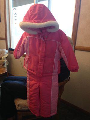 Snowsuit - Oshkosh Girl Size 2T for Sale in Leavenworth, WA