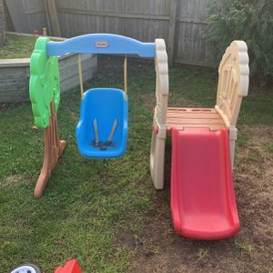 Little tykes swing and slide for Sale in Queens, NY