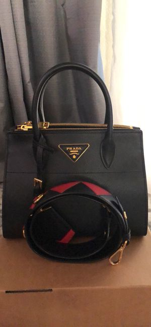 Authentic Prada Paradigme Bag for Sale in Glendale, CA