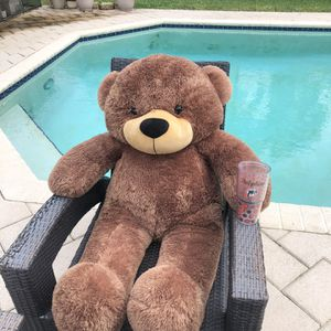 Ray Korvay Giant Teddy 4ft for Sale in Fort Lauderdale, FL