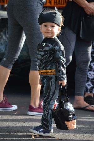 Halloween Batman costume for a toddler 2T for Sale in FL, US
