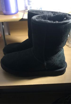 black uggs size 8 for Sale in Houston, TX