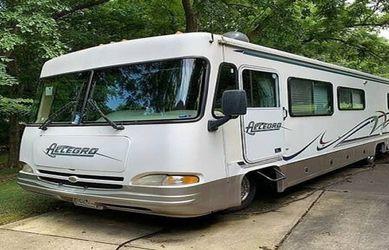 TIFFIN ALLEGRO BAY 1999 CLEAN CAMPER for Sale in Portland,  OR