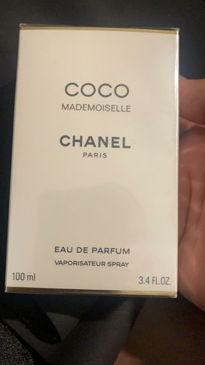 Chanel perfume 3.4fl.oz for Sale in Riverside, CA