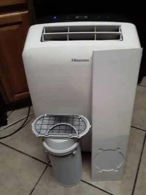 Hisense portable air conditioner good condition ice cold for Sale in Fontana, CA