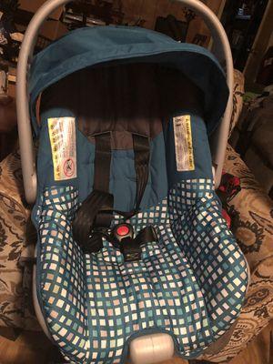 Evenflo infant car seat for Sale in Sibley, LA