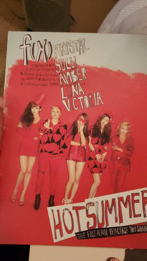 F(x) hot summer collectable kpop CD great condition for Sale in Montclair, CA