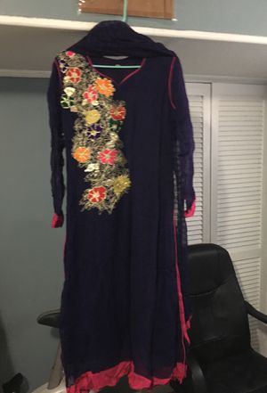 Purple dress goti work back and front size large for Sale in Sterling, VA