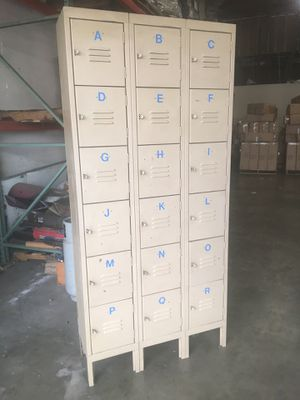 Metal locker 18 compartments perfect for warehouse for Sale in Baldwin Park, CA