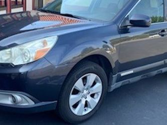 2011 Subaru Outback Limited 2.5. By Owner All Services Maintaince for Sale in Fountain Valley,  CA
