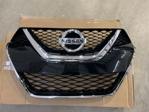 Nissa Maxima Front Grille Assembly for Sale in Des Moines, WA