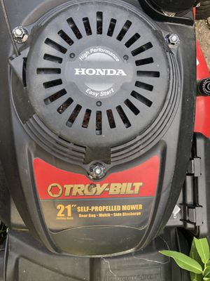 Troy-Bilt Self Propelled Mover Honda Engine for Sale in Peoria, IL