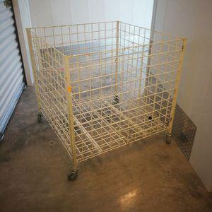 "36x36x36"" rolling wire dump bin for Sale in Coral Gables, FL"
