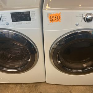 KENMORE FRONT LOAD WASHER AND DRYER for Sale in Montclair, CA