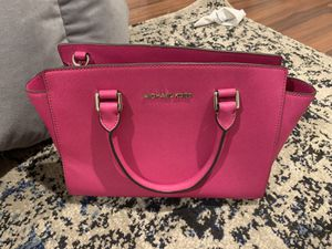 Michael kors pink bag purse for Sale in San Diego, CA