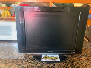 Regular tv can be used for a camera screen for Sale in Pomona, CA