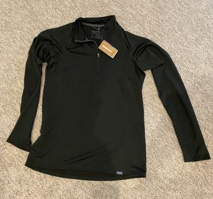New Patagonia woman's capilene midweight zip neck for Sale in Irvine, CA