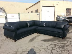NEW 9X9FT BLACK LEATHER SECTIONAL COUCHES for Sale in West Covina, CA