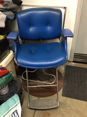 Belvedere Barber Chair for Sale in Lake Elsinore, CA